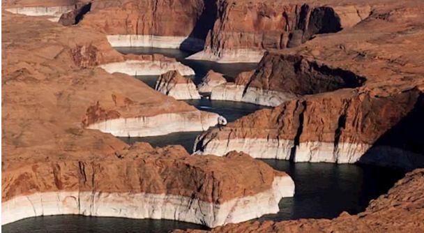 بحيرة باول.. ثاني أكبر خزان من صنع الإنسان في الولايات المتحدة