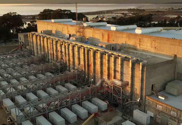 منشأة موس لاندينغ تخزين الكهرباء في ولاية كاليفورنيا الأميركية