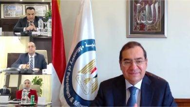 Photo of مصر تستثمر 10 مليارات دولار في مشروعات جديدة لإنتاج البتروكيماويات